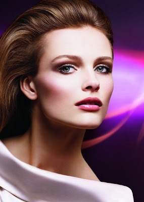 Cosmetics on Commercial Image Of Dior Spring 2009 Makeup Collection