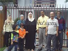 Nesta foto estão dois dos palestinos já falecidos: Srs.Hamdan e Khaled - 1º e 3º, da dir para a esq
