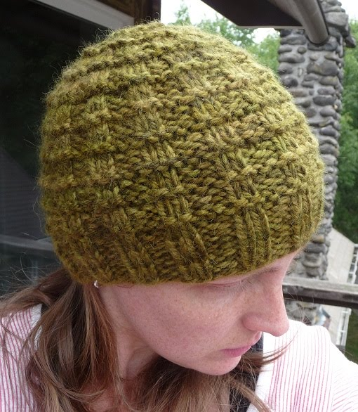 Knitted Hat Patterns For Alpaca Yarn : close knit: A Waffle Hat for You