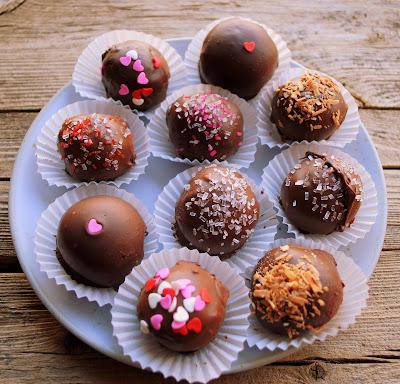 cake balls. Perfect Delicious Cake Balls