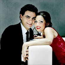 Anna and Rolando dressed as Violetta and Alfredo of the performance of La Traviata in 2005