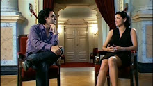 "Anna and Rolando at an interview about ""Duets"""