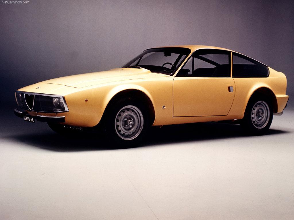 http://4.bp.blogspot.com/_ZDZXquQC2b4/SwffvGJ-uHI/AAAAAAAAADo/o8JewtjlWxs/s1600/Alfa_Romeo-Giulia_Coupe_GT_Junior_Z_1969_1024x768_wallpaper_01.jpg