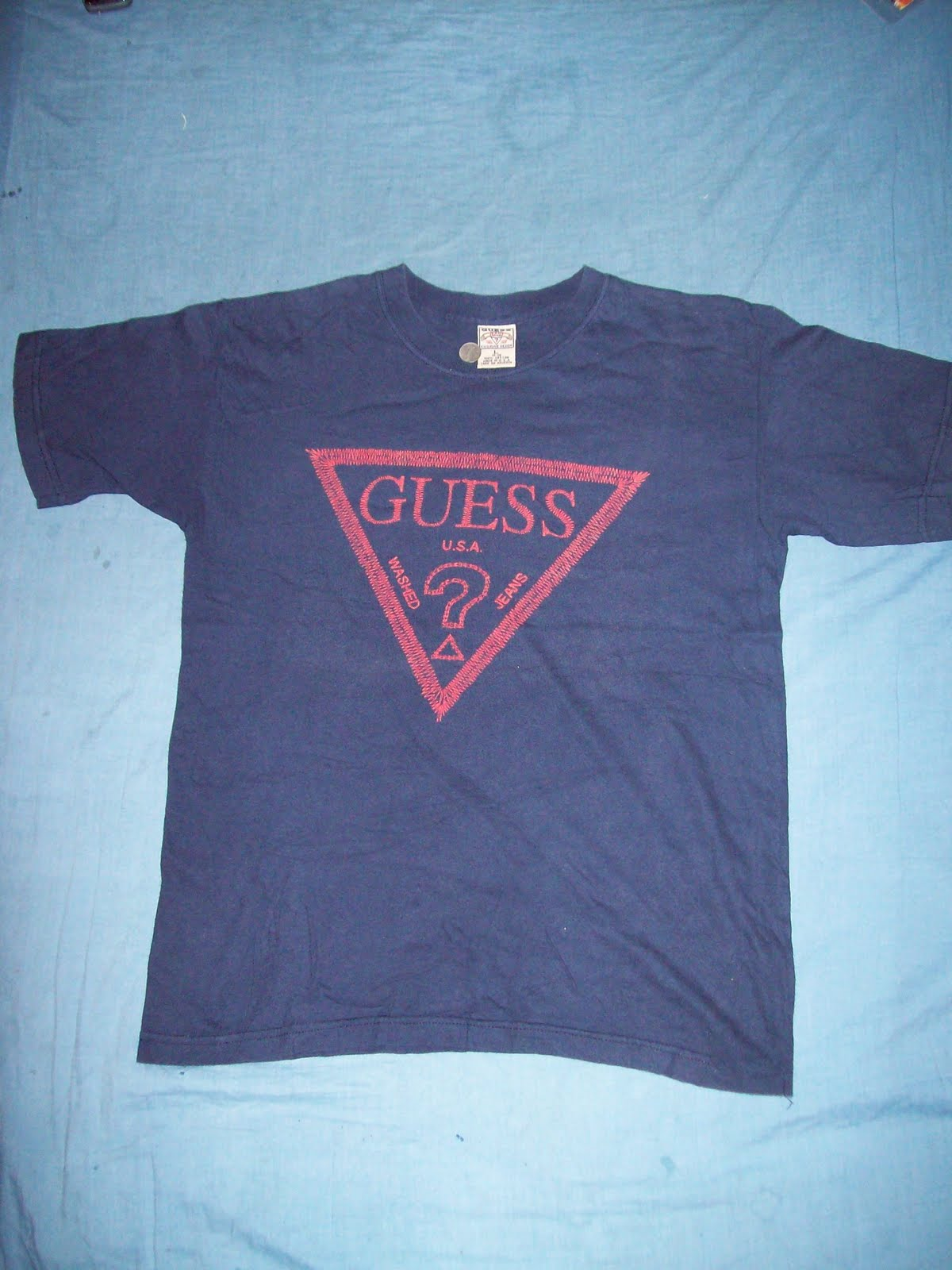 new old stuff guess jeans t shirt. Black Bedroom Furniture Sets. Home Design Ideas