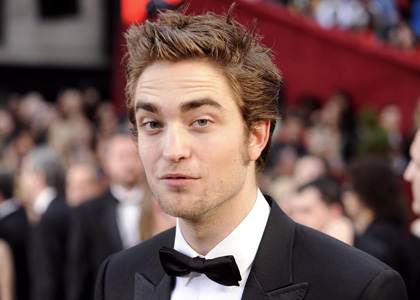 Robert Pattinson Gallery on Opox Celebrity  Robert Pattinson Photo Gallery