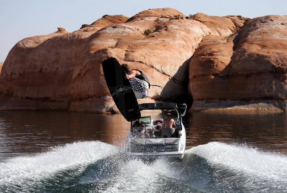 Utah rent a boat wakeboard boats ski boats fishing boats for Lake powell fishing