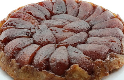 Sara's Kitchen: Apple and pomegranate tart tatin