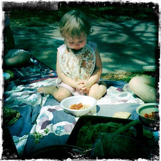 small child praying picnic