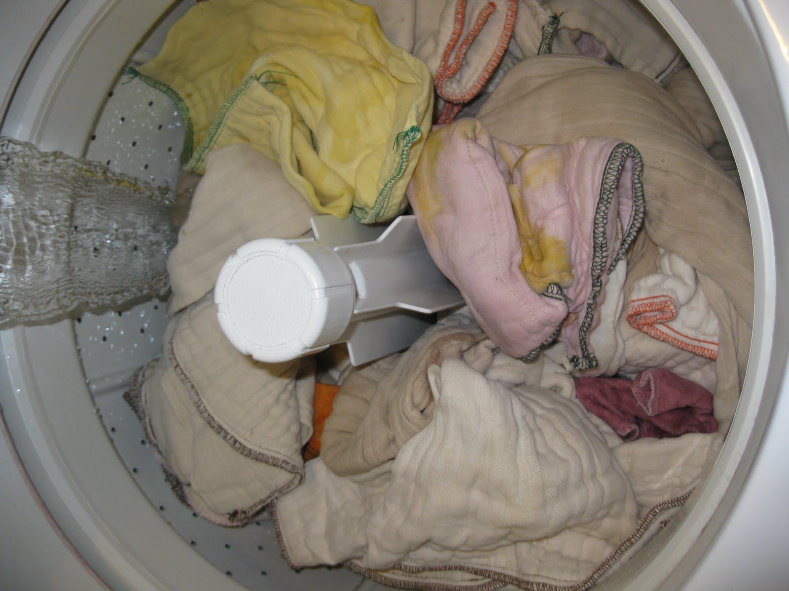 Adult diaper messing