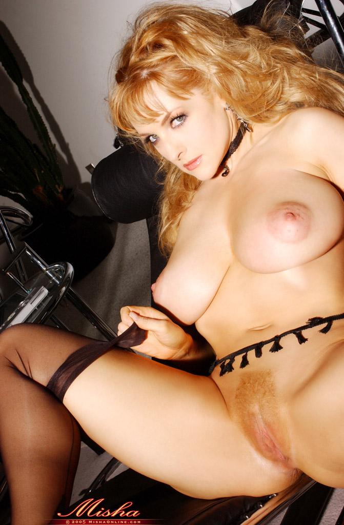 Famosas desnudas: DESNUNDA Danni Ashe