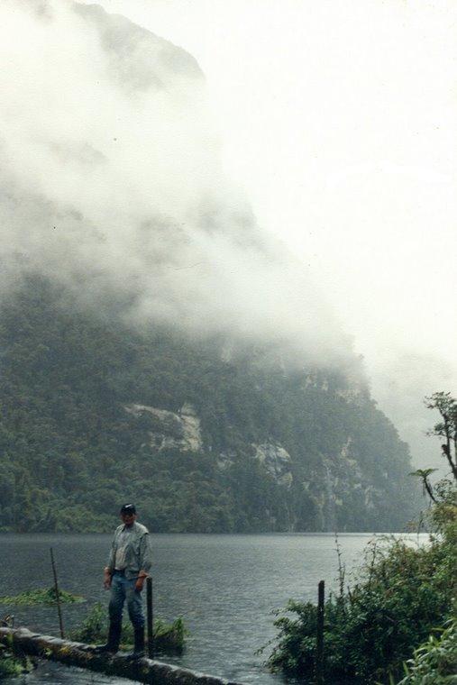 Laguna de Los Cóndores, límite Dptos. Amazonas y San Martín, Perú