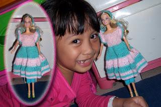... yang pengen gaun barbie yang anggun n bikin penampilan si barbie