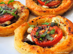 Tomato, goat cheese and beef tarts