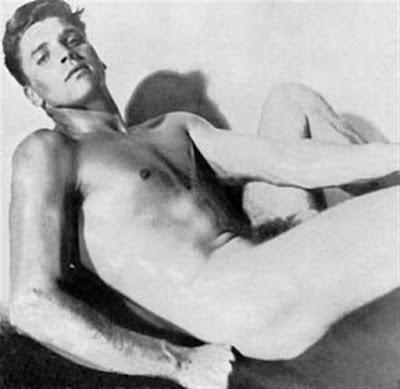 HOMOSEXUALES FAMOSOS - Página 3 Burt_Lancaster___Candid_blan__Large_