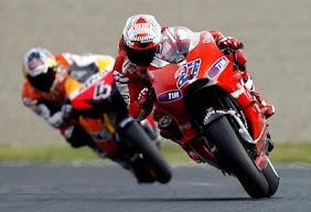 Stoner Juarai Motor GP