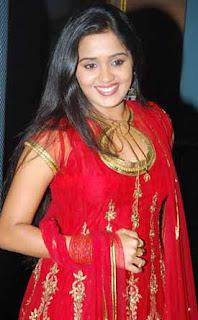Actress Ananya's new film 'Shikar' a hit in Kerala