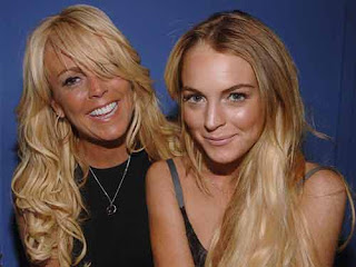 Doctors against Lindsay Lohan's mom acting as manager