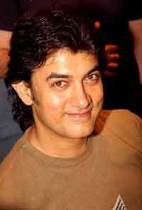 Aamir Khan fears that masses may not like 'Dhobi Ghat'