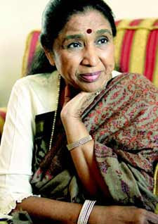 Asha Bhosle records live after 30 years