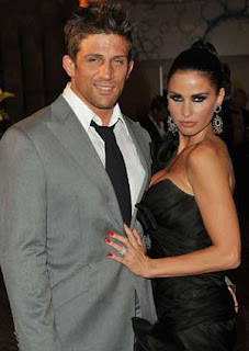 Katie Price, Alex Reid jet off to Indian Ocean to save marriage