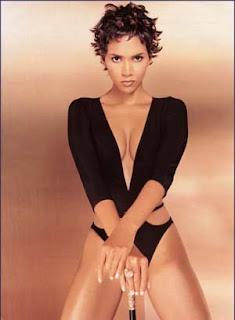 It's daughter over work for Halle Berry!