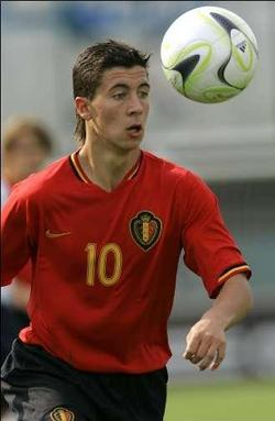 Victoria Concordia Crescit: Eden Hazard wants Arsenal move, but do ...