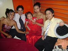 Mis Hermanos, y la pequeña es mi sobrina