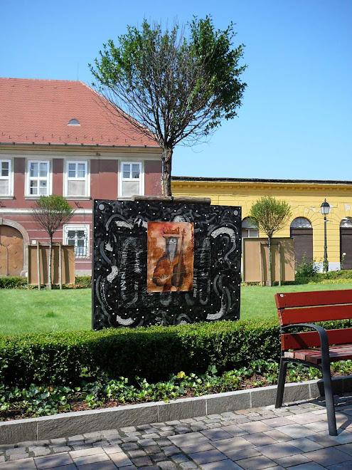 """"""" ARANYKOR """" , Installáció , 2008. ,  Váci Világi Vígalom , Kettős Tamás - Cs. Nagy András - CSNB"""