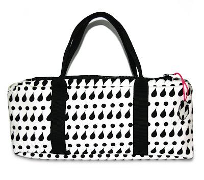 bolso blanco y negro diseño exclusivo