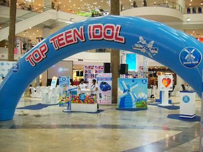 เช่าnotebook จำนวน 6 เครื่อง  ติดตั้งที่ The mall บางกะปิ  งาน Topteen Idol