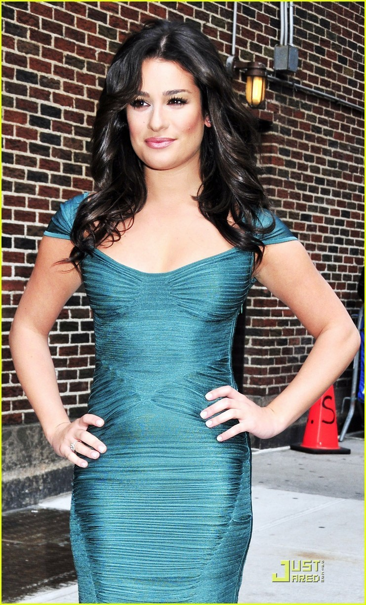 Beautifull girl lea michele 39 s no diva says glee creator - Lea michele diva ...