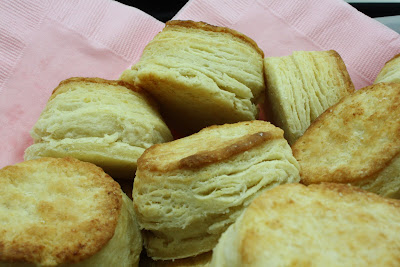 Amber's Delectable Delights: Flaky Buttermilk Biscuits