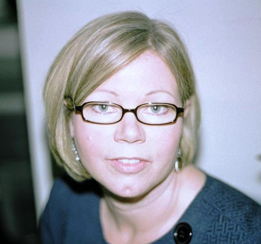 Deborah Jones Net Worth