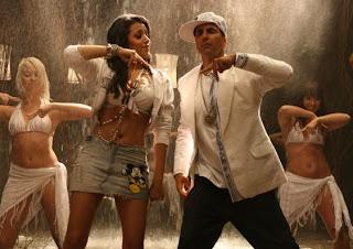 Trisha hot photos in movie khatta meetha 10
