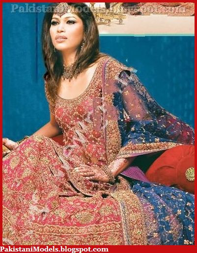 Peshawar Wife Removing clothes!! - Pakistan Sex Blog
