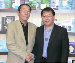 Dr Emoto (left) with CEO Fusionexcel Paul Ting