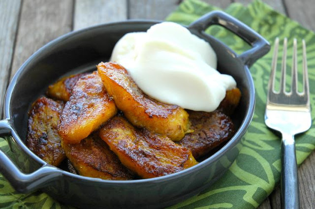 Pan-fried sweet plantains... by Bonbini!