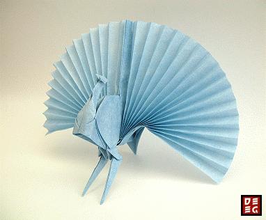 origamik nstler in aktion origami pfau von rudolf deeg. Black Bedroom Furniture Sets. Home Design Ideas