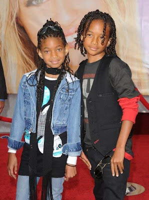 ¡Yeah, rock it! ¡Will is in the air! [Relaciones.] Jaden+Smith+And+Willow+Smith