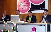 De izda. a dcha: Manuel Ponce, Antonio Semitiel, Rafael Torres y el moderador Juan Tomás Frutos. Pincha en la imagen para ver más fotografías de SICARM