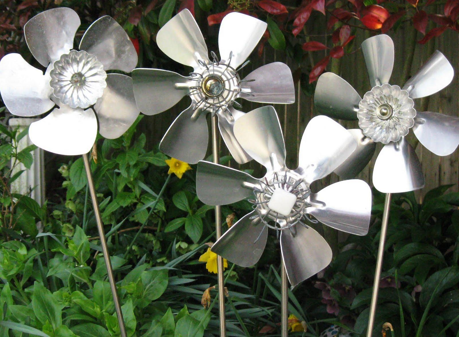 Small Aluminum Fan Blades : Four corners design