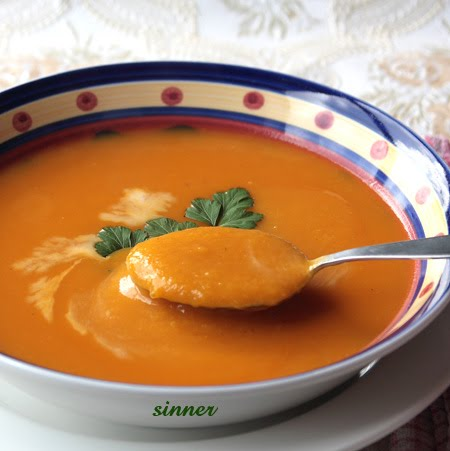 Roasted curry pumpkin soup