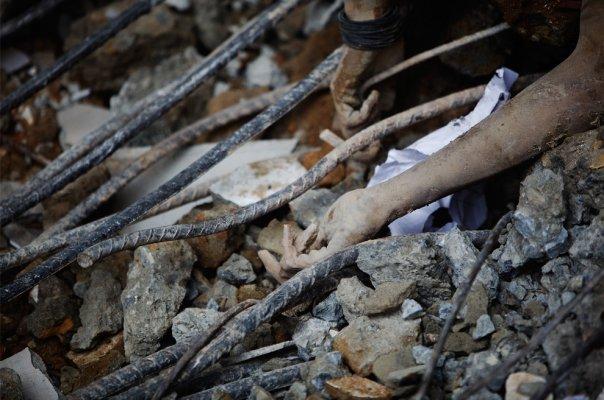 Sedikit Rahasia Gempa di Sumatera Barat - Sufi Medan