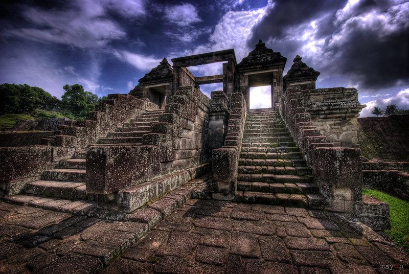 ratu boko temple we love bakpia