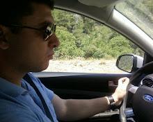 Uçmayı da seviyorum araba sürmeyi de :)