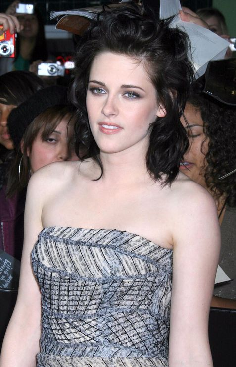 kristen stewart hot photos. kristen stewart hot bikini.