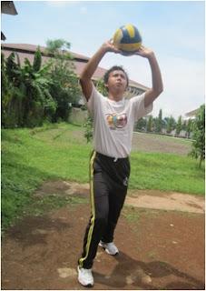 olahraga bola voli, teknik passing atas