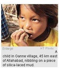 starving India_mud eating children