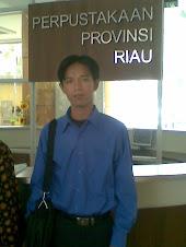 Kunjungan ke Perpustakaan Soeman HS Riau