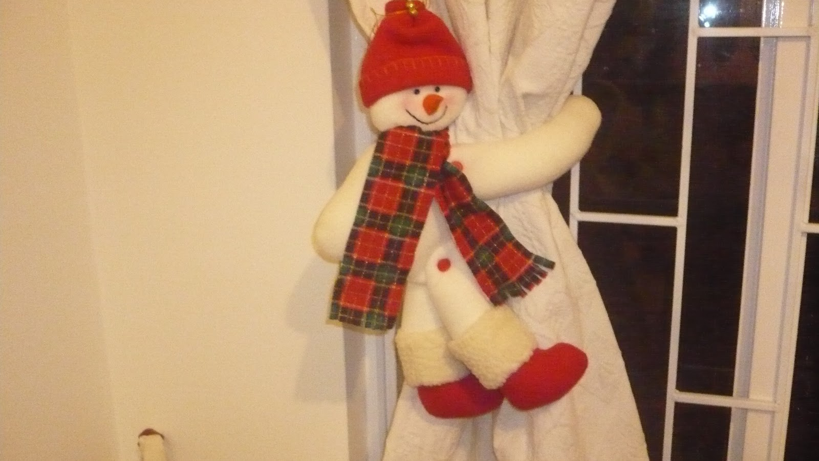 Adornos de navidad para tus cortinas for Adornos para cortinas